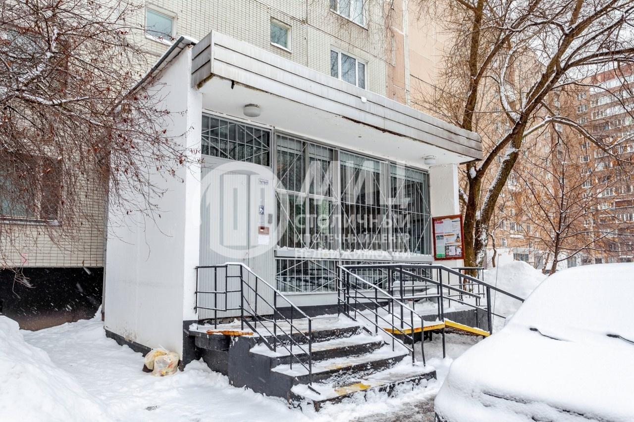Продам двухкомнатную (2-комн.) квартиру, Мячковский б-р, 19, Москва г