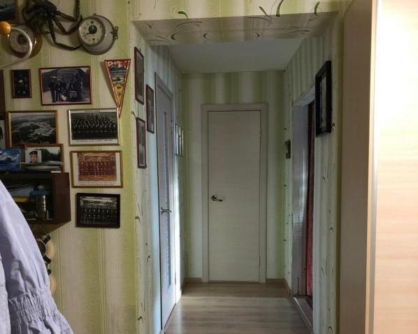 Продам трехкомнатную (3-комн.) квартиру, Генерала Кныша ул, 9, Гатчина г